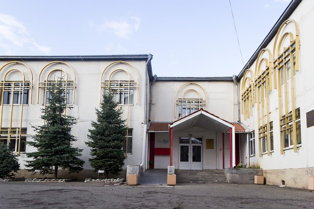 Здание приюта